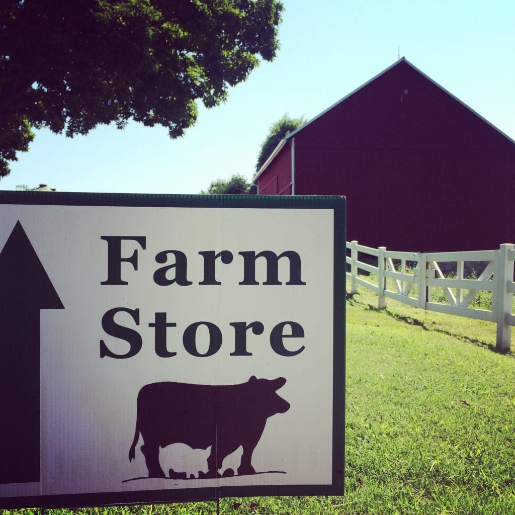 Grand View Farm Store Sign and Barn